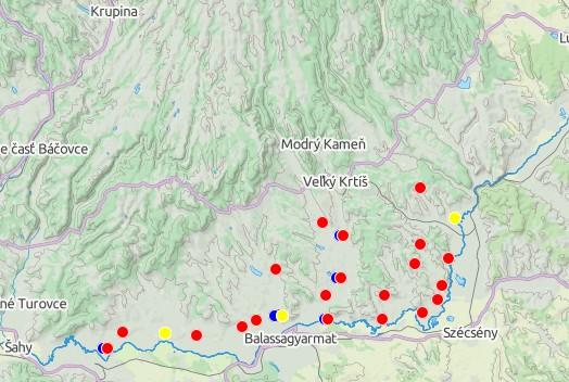 Lokality zo 6.-11. st. (modrá - pred VM, červená - veľkomoravská, žltá - po VM)